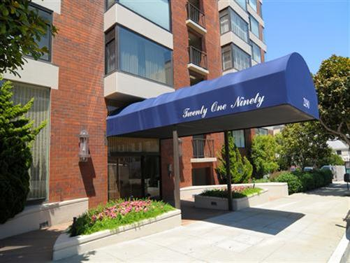 2190 Broadway #9W is the highest condo sale in Pac Heights thus far in 2008.